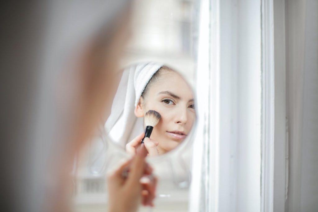 kobieta - makijaz